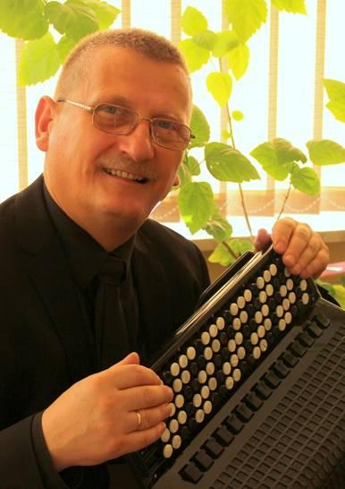 Prof. zw. dr hab.  Jerzy Mądrawski